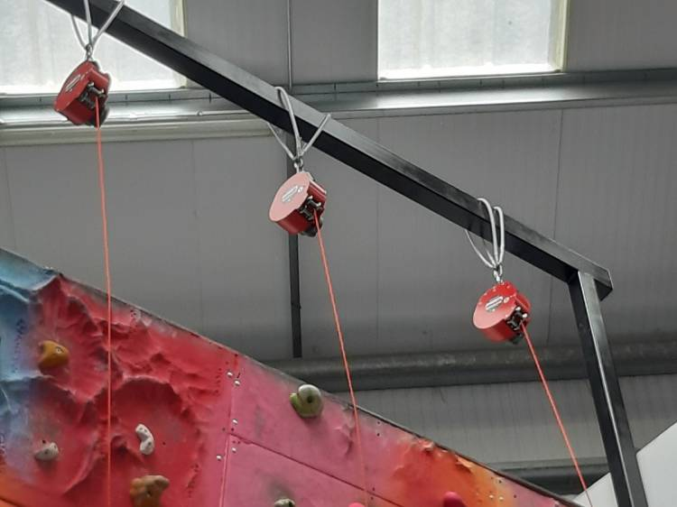 Climbing Sessions with auto belays and bouldering